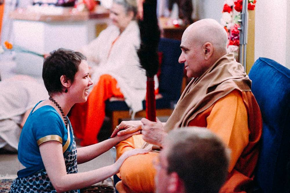 Gargiji having darshan with Swami Shankarananda at The Ashram Mt Eliza